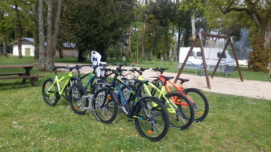 http://cdt72.media.tourinsoft.eu/upload/Nort-velocamping2016---Copie.jpg