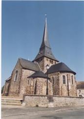 vallee-de-la-sarthe-Chevill%C3%A9-%C3%A9glise-romane-72-PCU