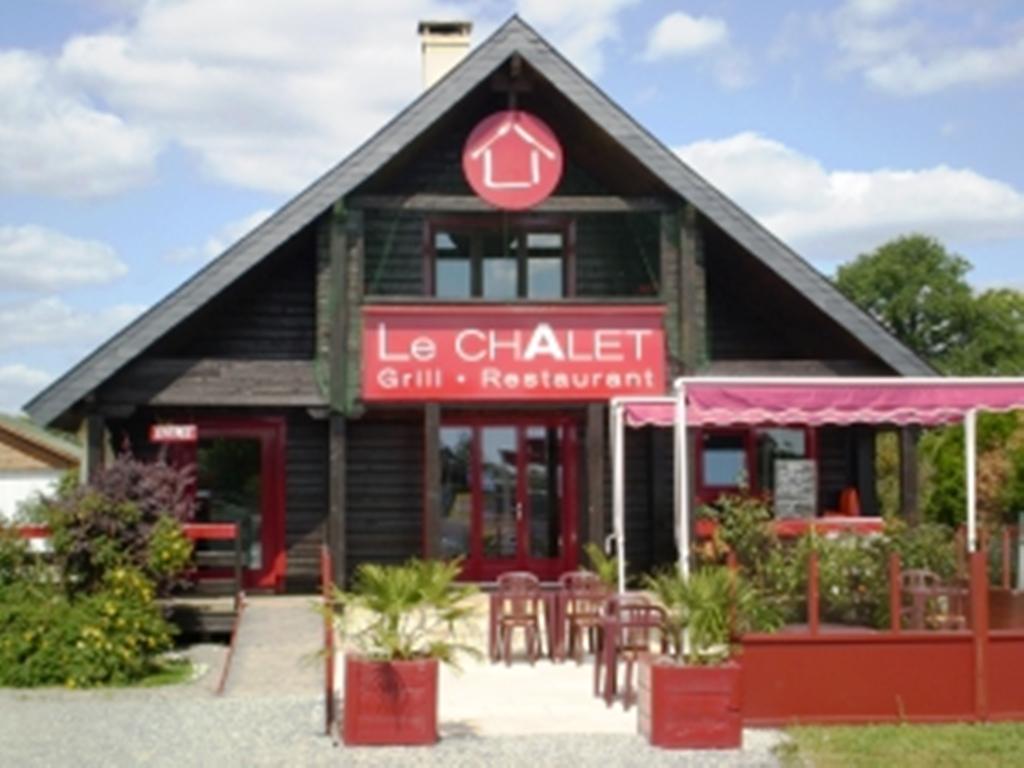 http://cdt72.media.tourinsoft.eu/upload/vigneux-de-bretagne-le-chalet--restau.jpg
