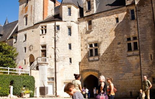 PCU72-chateau-de-courtanvaux-3