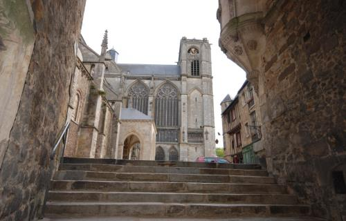 La cathedrale St Julien (2)