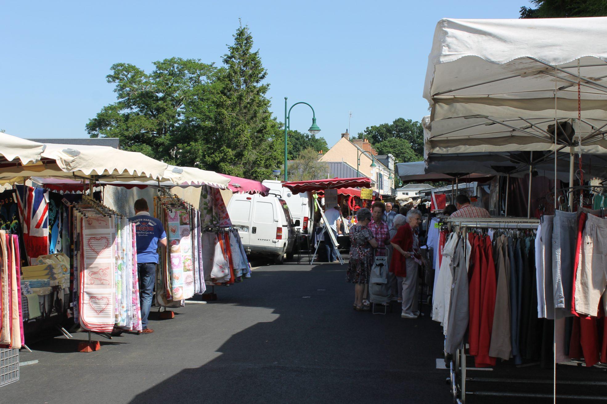 Brocante La Ferte St Aubin marchés et brocantes (54)