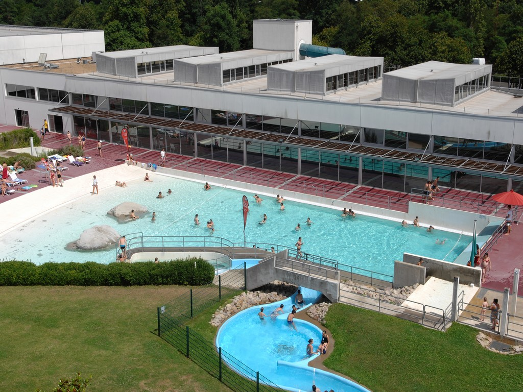 Centre aquatique les atlantides le mans piscine for Les piscines