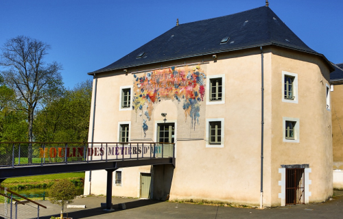 vallee-de-la-sarthe-Boutique-metiers-art-Moulin-a-couleurs
