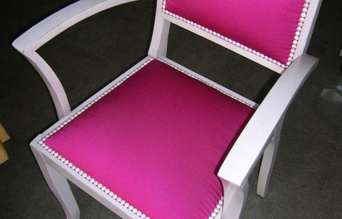 vallee-de-la-sarthe-Chaise-rose
