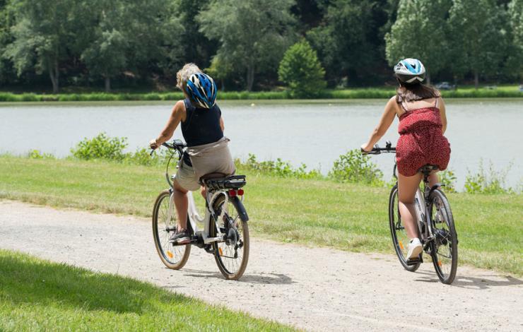 Activité Vélos à la base de loisirs de Brûlon